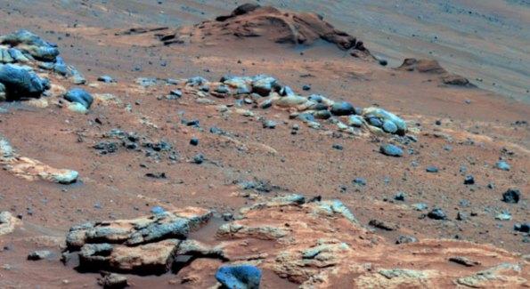 Vida en territorio comanche. Spirit, pasó por esta zona de Marte en el año 2005. La llamaron Comanche y es posible que en el pasado su aspecto fuera otro bien distinto. Los análisis espectográfico muestran que pudo haber un terreno húmedo apto para la vida