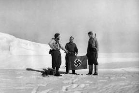 nazis-in-antartica